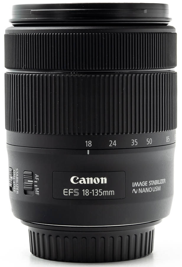 Canon EF-S 18-135mm f/3.5-5.6 IS USM-1